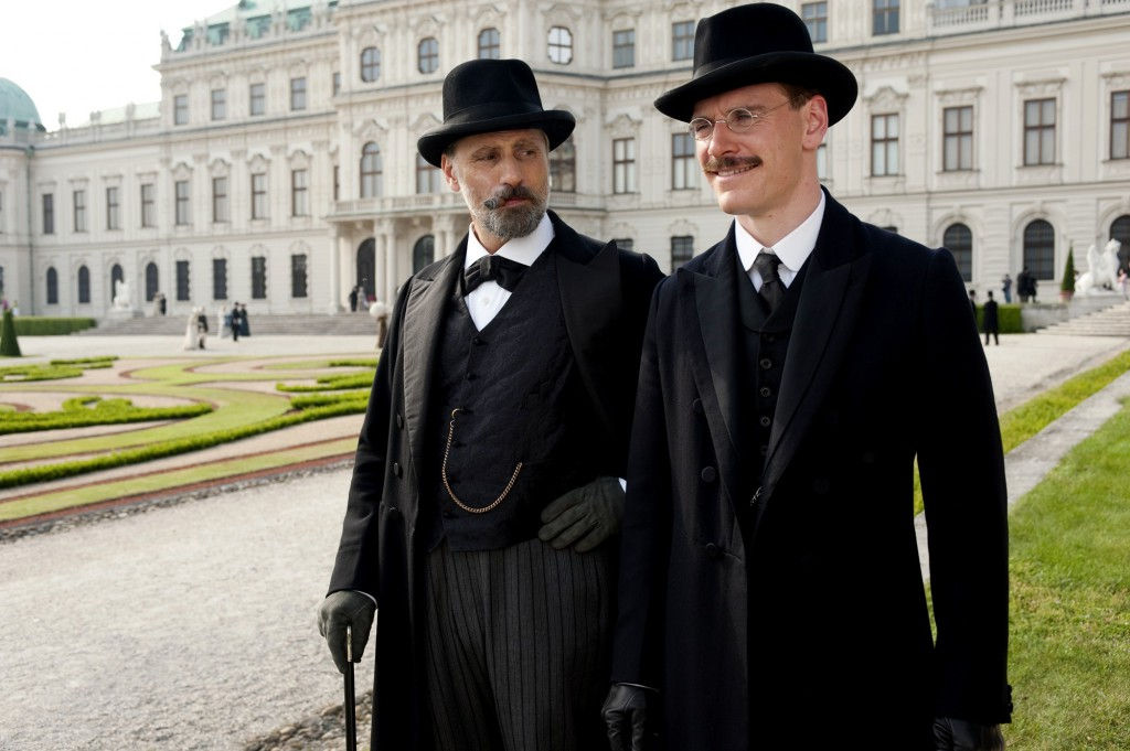 Viggo-Mortensen-stars-as-Sigmund-Freud